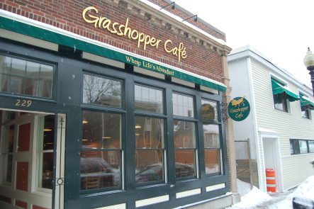 Grasshopper Cafe // Woof Magazine